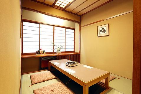 room_s.jpg