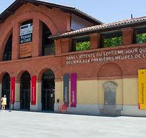 facade-du-musee-des-abattoirs.jpg