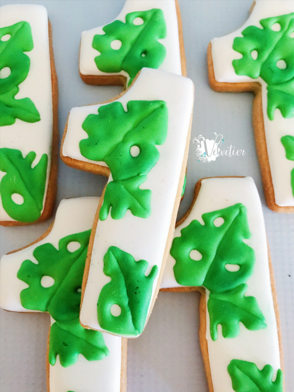jungle themed leaf first birthday cookies number 1 cookies by velvetier brisbane