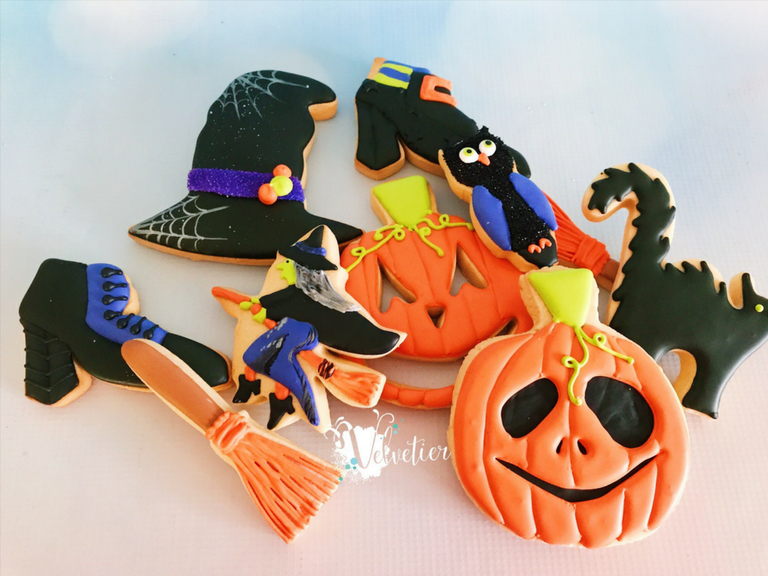 Halloween cookies by velvetier brisbane 1