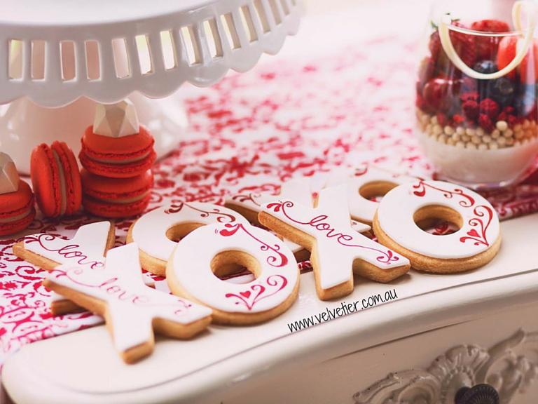 XOXO swirl cookies Velvetier Custom cookies Brisbane