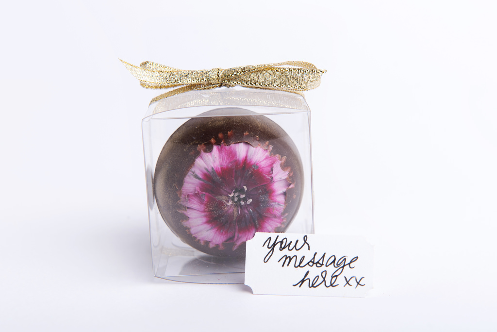 Packaged edible flower sphere with personalised notes wedding favour by velvetier brisbane bombonier