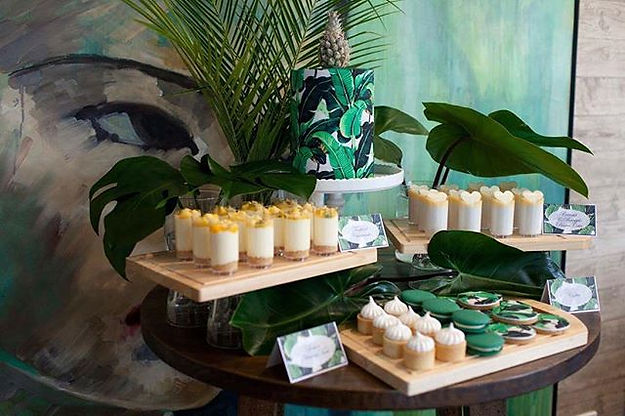 Tropical dessert table sweets by Velvetier