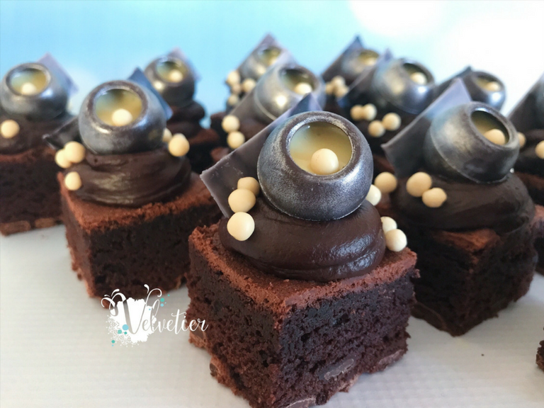 Chocolate overload loaded brownie by velvetier brisbane