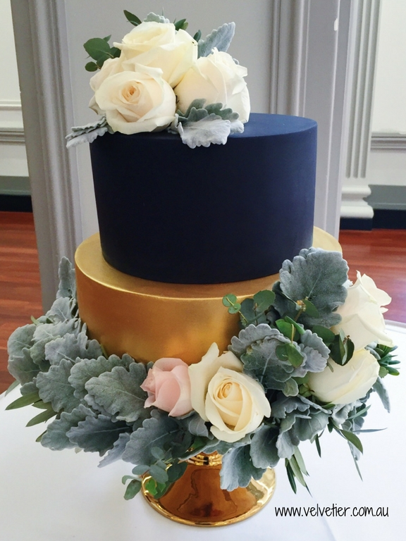 Black And Gold 2 Tier Wedding Cake With Fresh Flowers By Velvetier Brisbane Wedding Cake