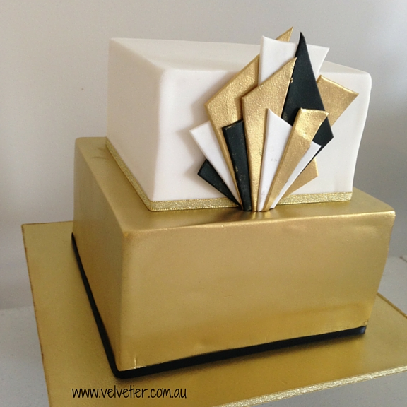 Art Deco Gatsby cake in gold and black by Velvetier Brisbane