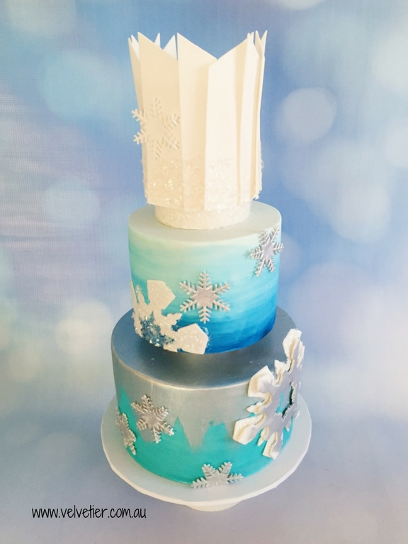 Winterwonderland aqua blue and white cake by Velvetier Brisbane cake designer