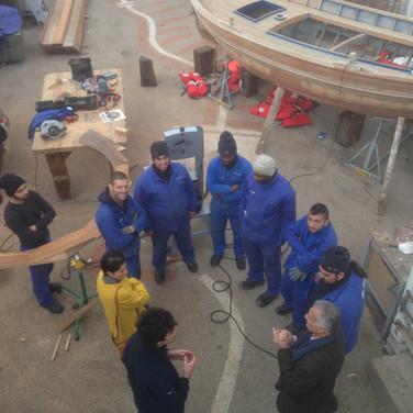 Visite du grand Chantier Naval de Marseille au petit chantier Pilotine