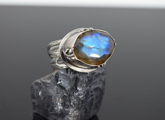 Princess East of the Sun West of the Moon ring