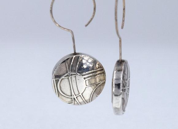 Neo Geo Hollow Form earrings