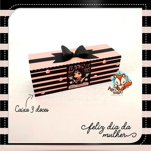 Arquivo caixa 03 doces Lute como uma Mulher