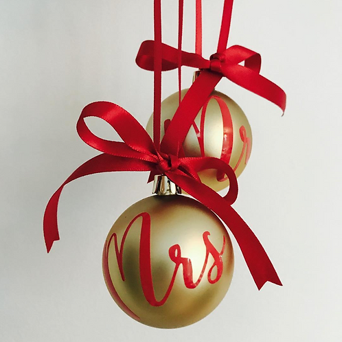 Mr And Mrs Christmas Bauble Set of 2