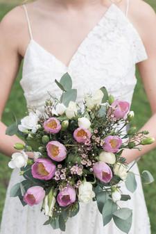 Bouquet de mariée rose pâle et blanc