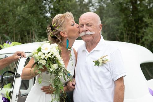 Bouquet de mariée champêtre et boutonnière