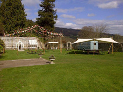 Showman's Caravan – Glanusk Wedding Fayre