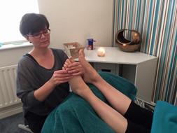 Review : Relaxing Reflexology in Wokingham