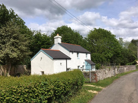 Wales in their own words : Hilary Jones & Pontganol Cottage, Brecon Beacons National Park