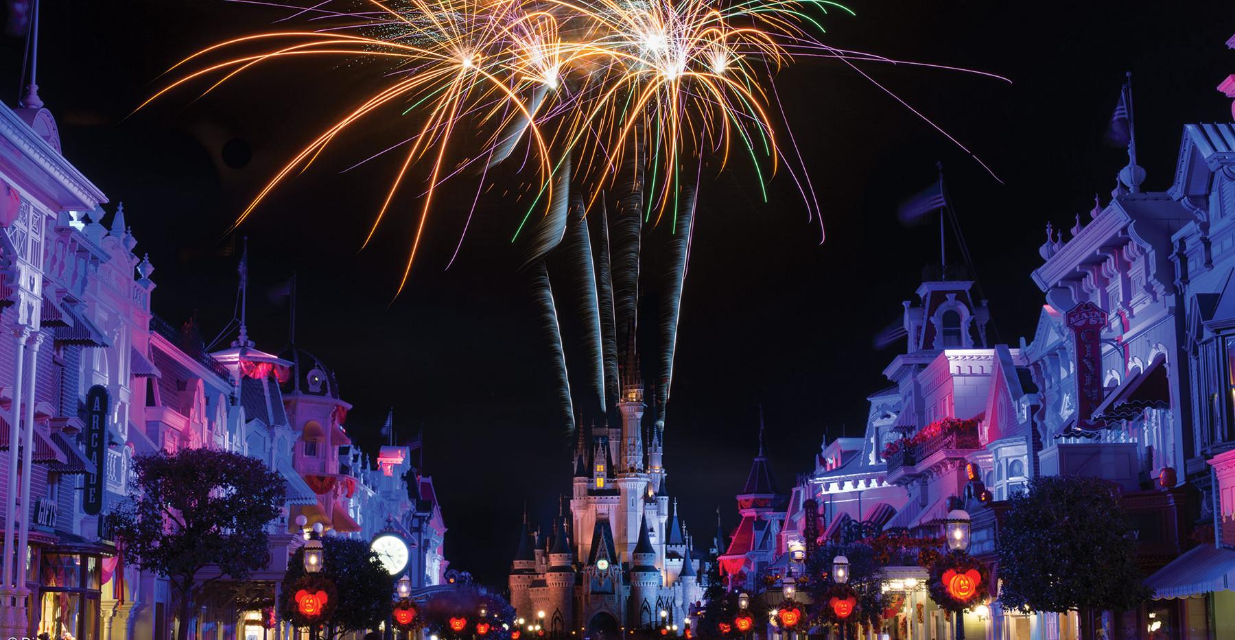 GORAC8781_Website_Gallery_Disney_Firewor