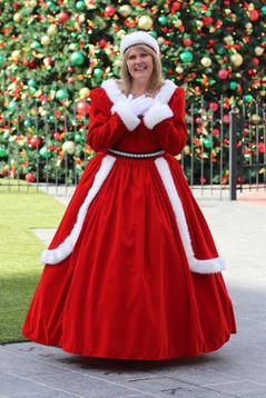 Mrs.Claus2.JPG