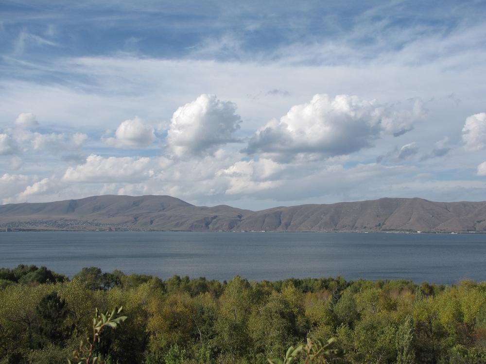 Вид на озеро Севан