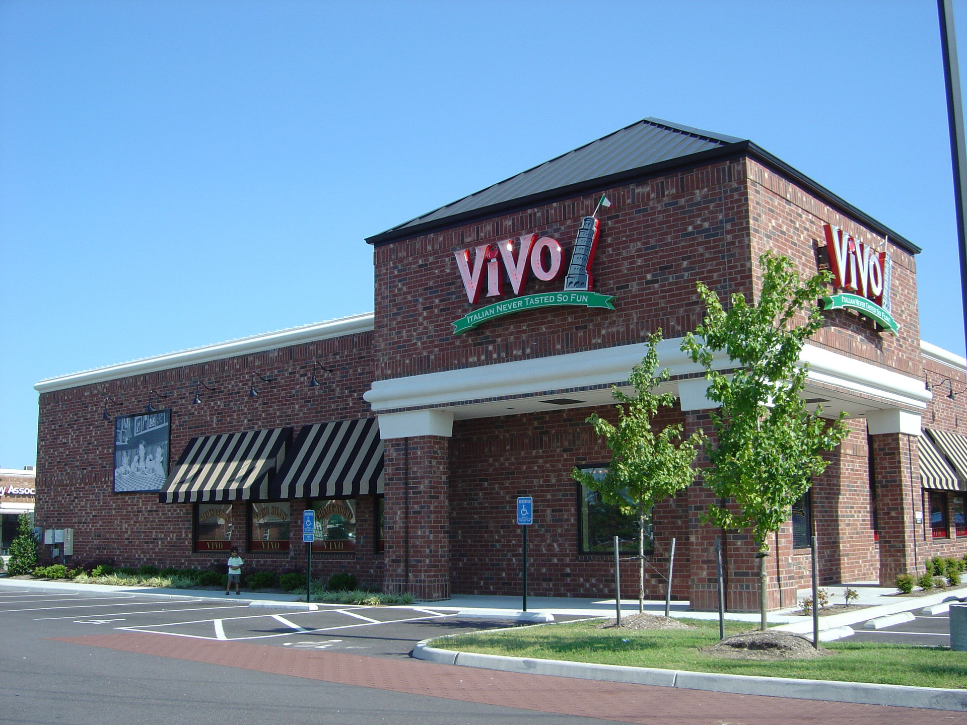 Vivo-Strawbridge-elevation copy.jpg
