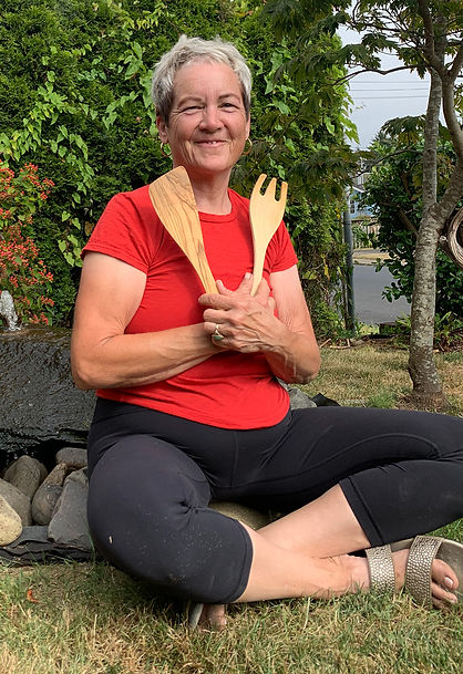 Owner Robin McLaughlin combines her love of yoga and cooking for a unique outdoor yoga experience in Newport OR
