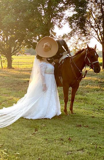 Outside wedding venue Mount Vernon TX