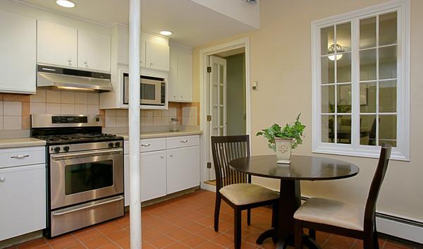 Kitchen 1 - Before
