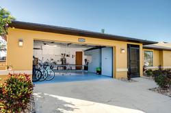 Garage / Ping Pong Table
