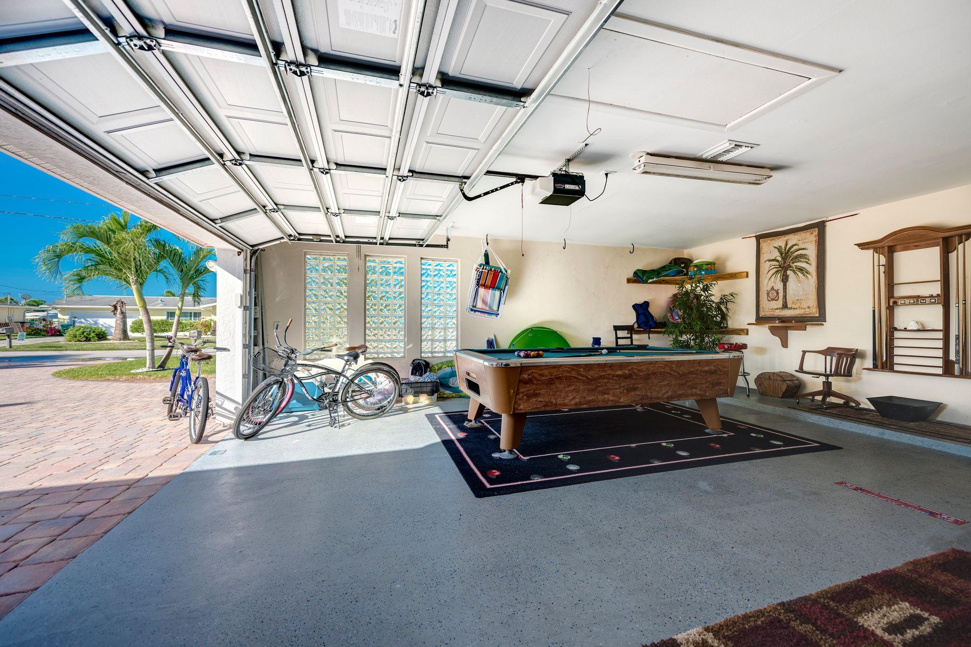 Pool Table / Bikes