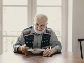 Tips To Beat Your Senior Parent's Loneliness