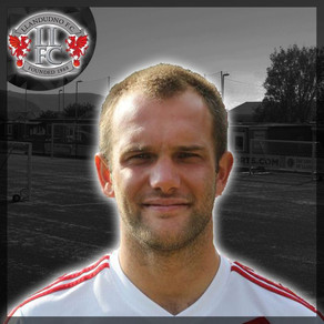 NEIL ASHTON SIGNS FOR LLANDUDNO FC