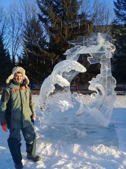 Автор и скульптура