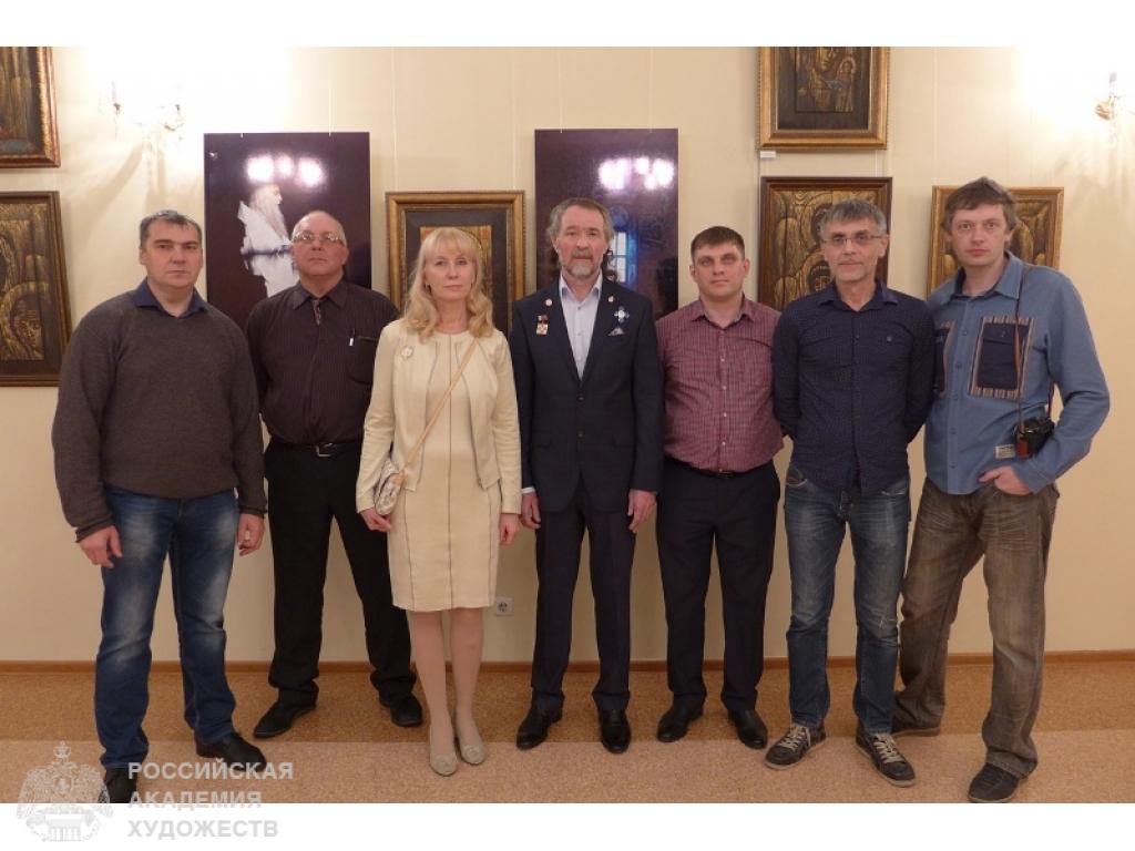 Выставка произведений Александра и Елены Тихомировых 7