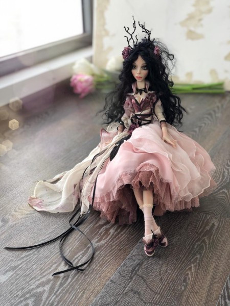 Будуарная кукла Пиона