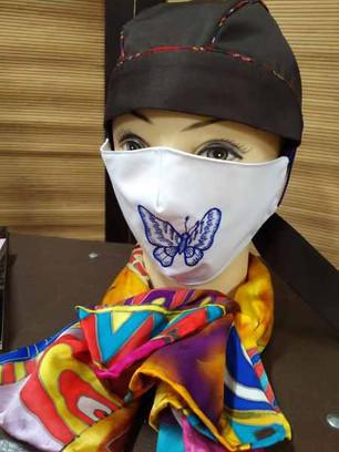 Вышивка на маске