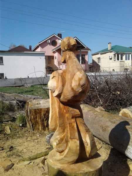 Скульптура из платана