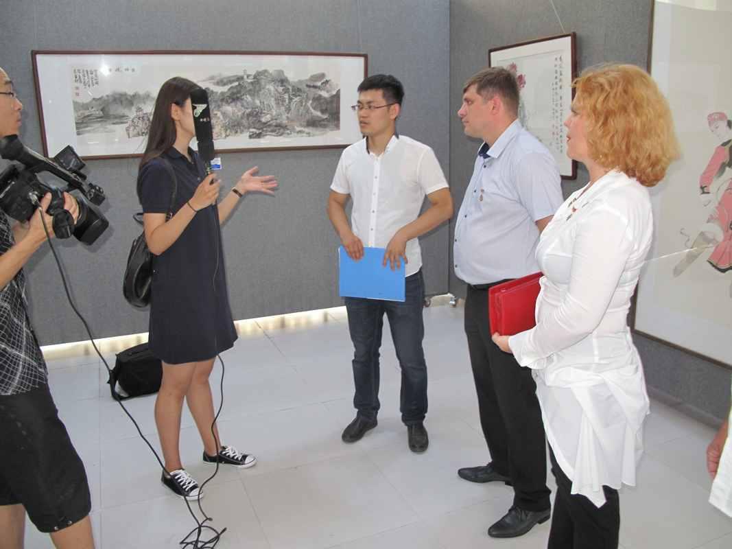 интервью китайскому телевидению