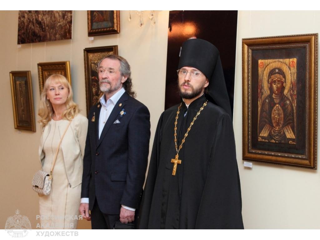 Выставка произведений Александра и Елены Тихомировых 3