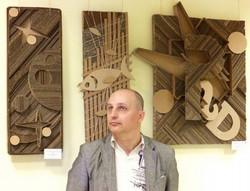 """Выставка """"Мир картона"""" в библиотеке"""
