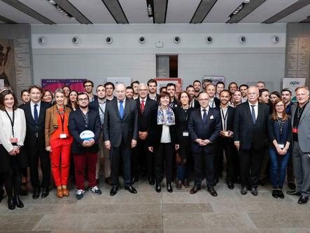 Le Premier Ministre, Bernard CAZENEUVE, félicite COVIRTUA