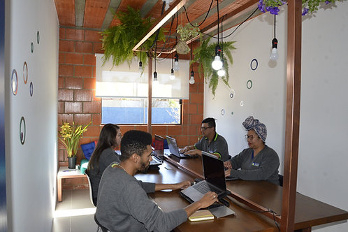 **Coworking - 1/2 Diária (4hs)