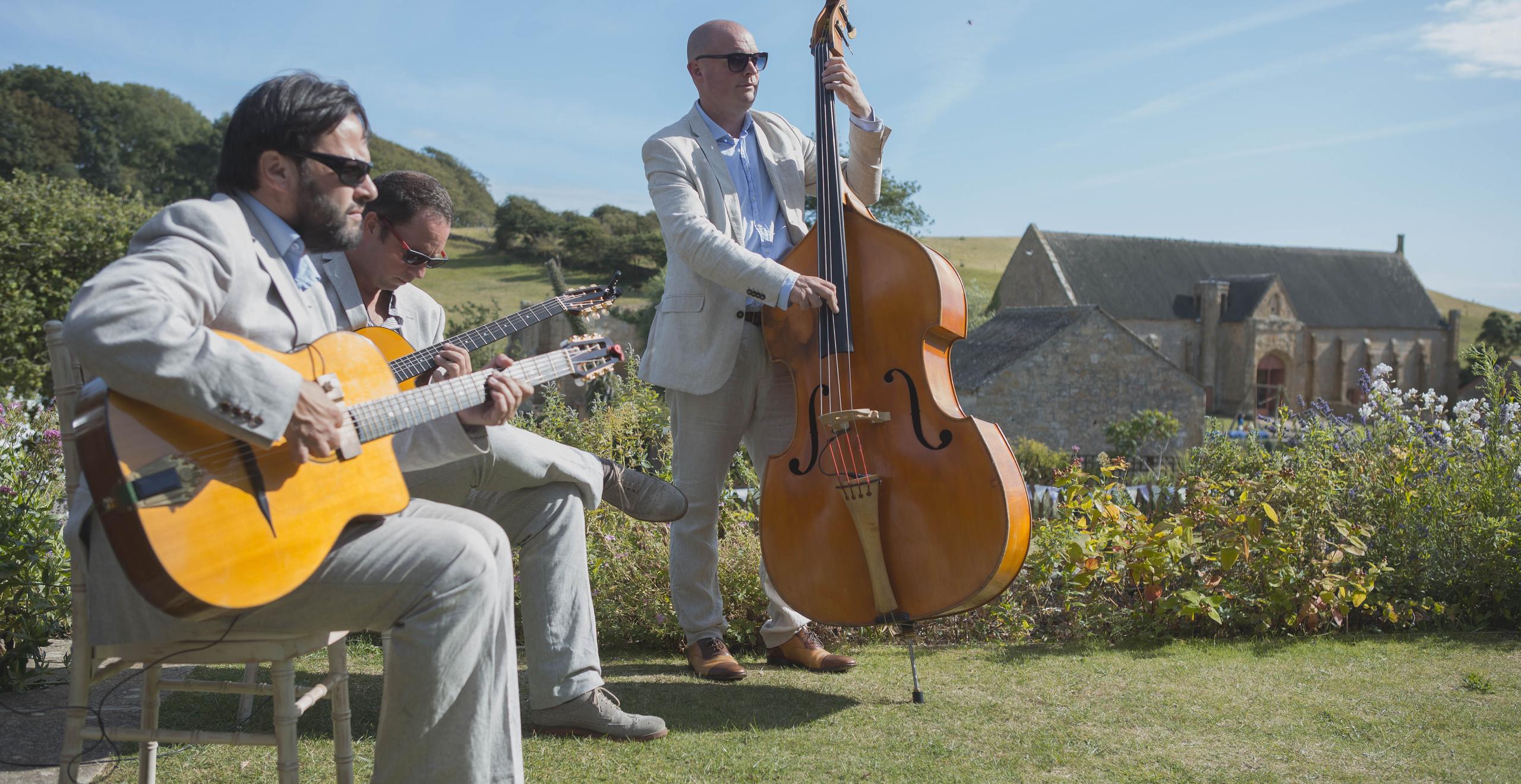 Jonny Hepbir Acoustic Jazz Band For Hire In Margate Kent