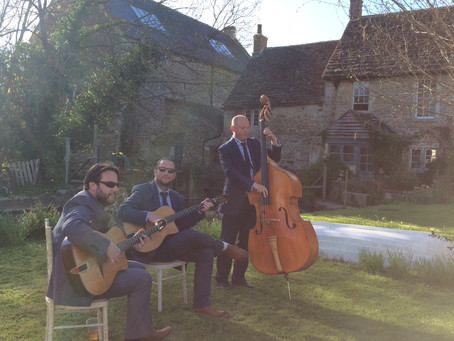 Hire An Acoustic Jazz Band For A Public Event Or Garden Party In Kent | Jonny Hepbir Gypsy Jazz Trio