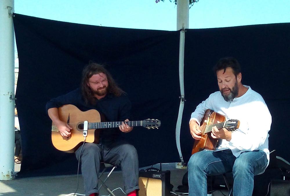 Jonny Hepbir Gypsy Jazz Duo at Broadstairs Bandstand Kent.