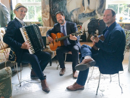 Book A Jazz Band For An Event In London | Jonny Hepbir trio Play A Wedding At Bourne & Hollingsworth