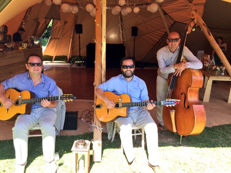 East Sussex Jazz Band Hire | Jonny Hepbir Trio Tipi Wedding Booking Near Hastings