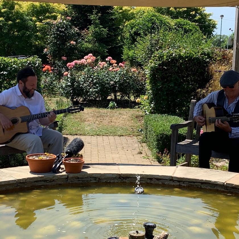 Jonny Hepbir Duo At Pilgrims Hospice Kent