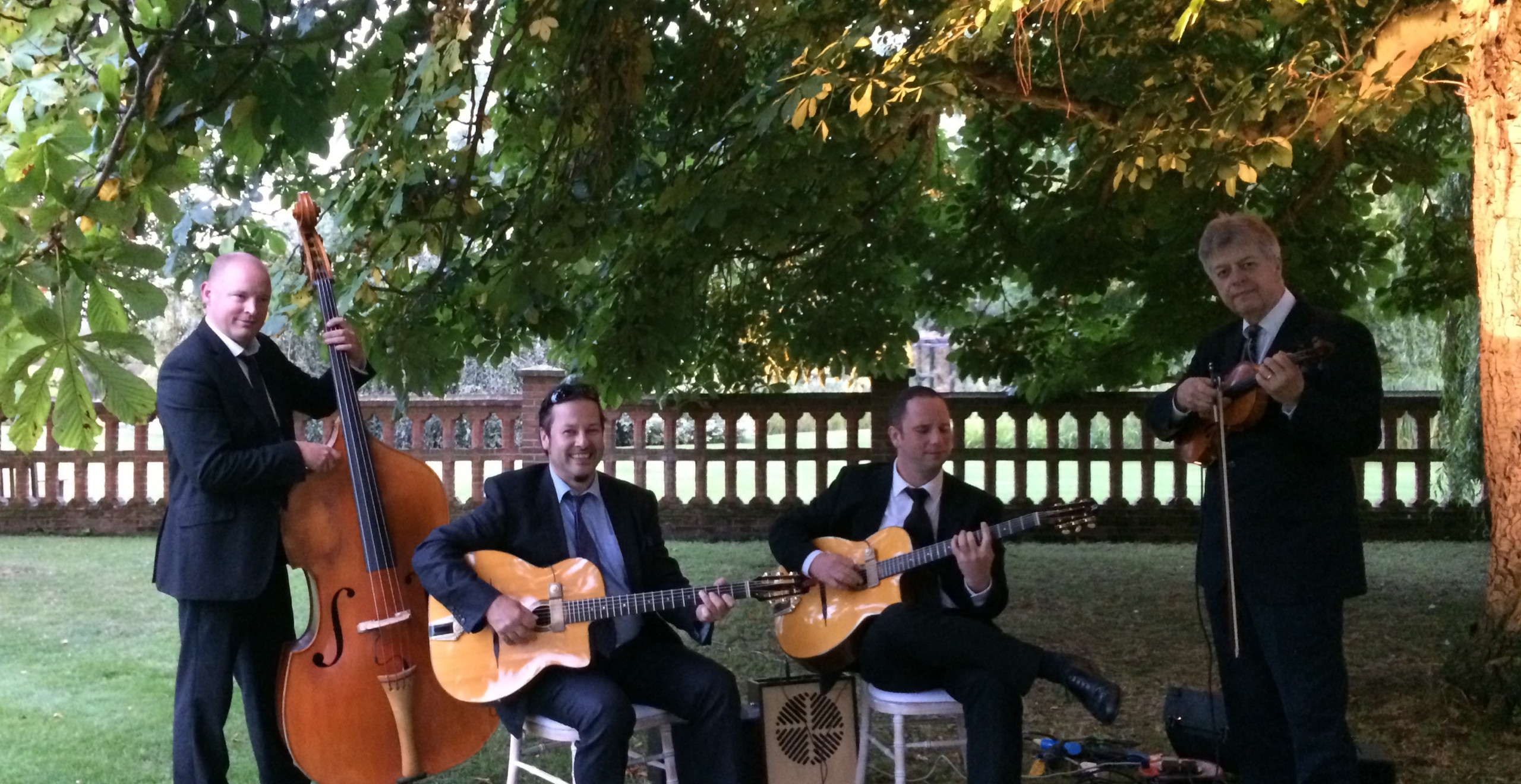 Hire The Jonny Hepbir Acoustic Jazz Band In Royal Tunbridge Wells, Kent