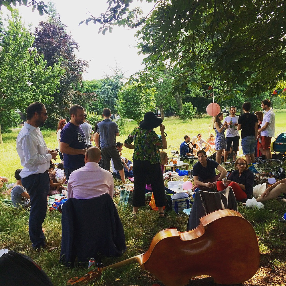 Jonny Hepbir Gypsy Jazz Trio At A Family Celebration In Clissold Park London